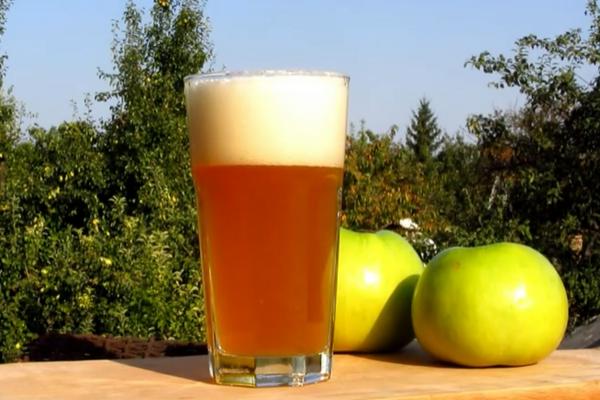 Яблучно-смородиновий сидр