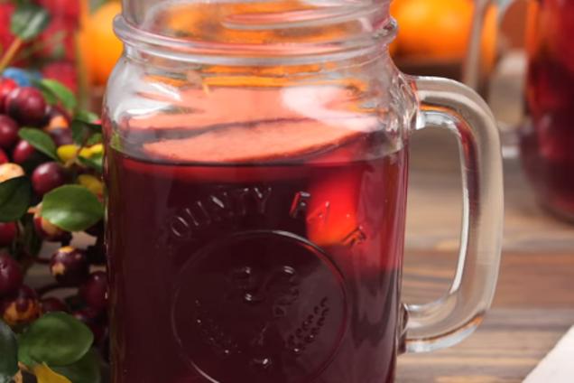 Глинтвейн с вишневым соком и перцем