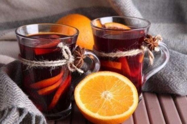 Глінтвейн із виноградним соком і прянощами