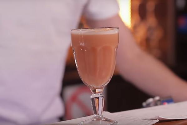 Коктейль с ромом и шампанским
