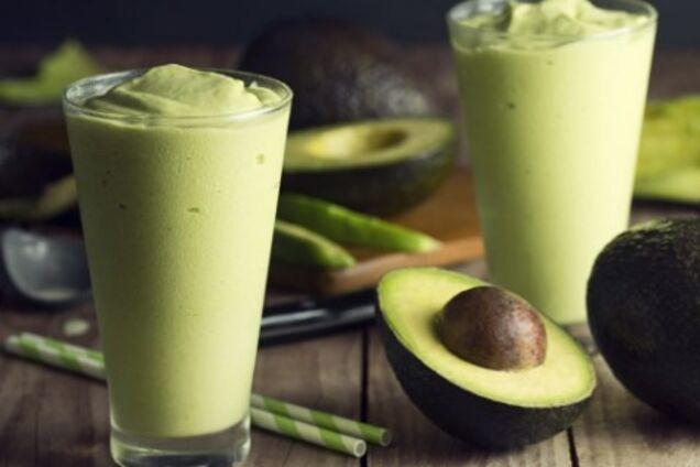Смузи из сыра и авокадо