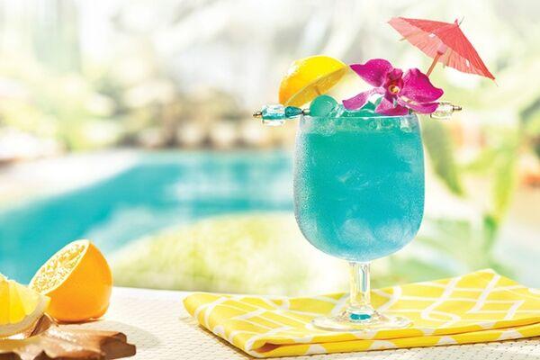 Коктейль ''Голубые Гавайи''