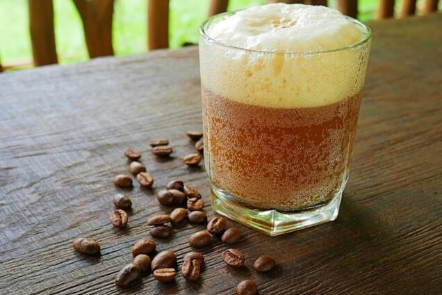 Квас с изюмом и кофе