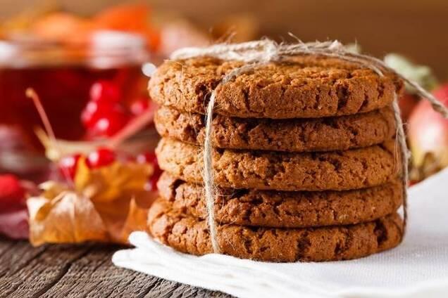Вівсяне печиво з корицею