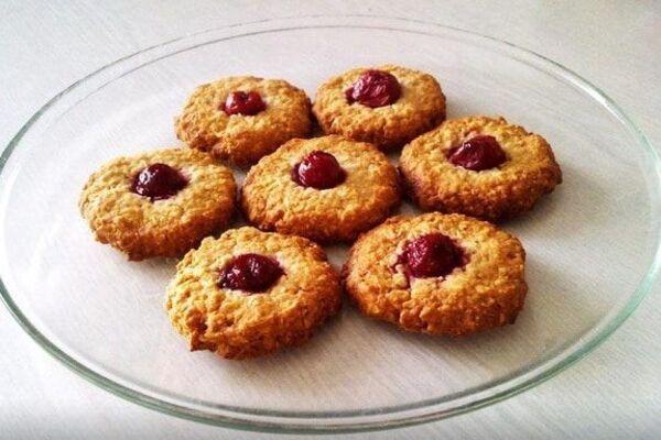 Вівсяне печиво з ягодами