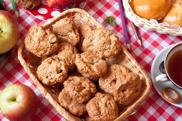 Вівсяне печиво з яблуком