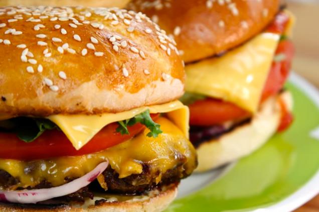 Класичний гамбургер