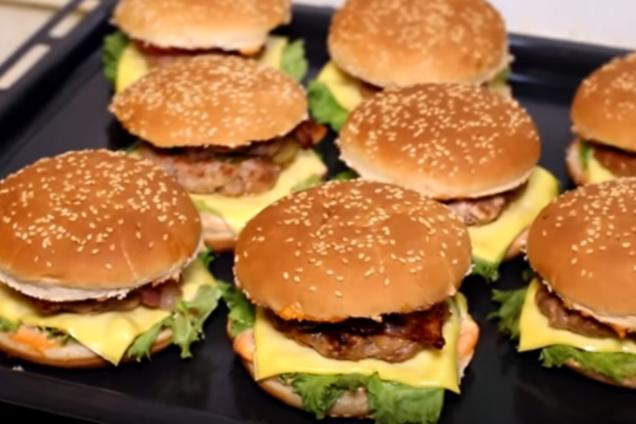 Домашній чизбургер