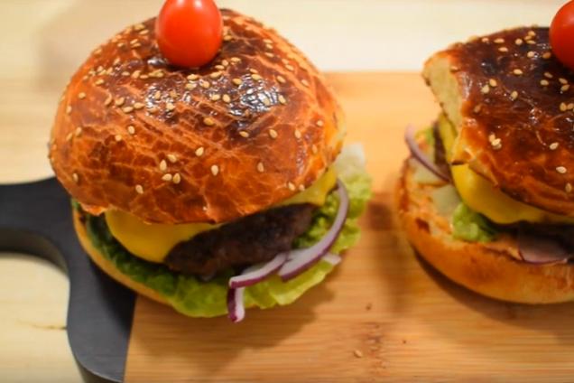 Сочный чизбургер