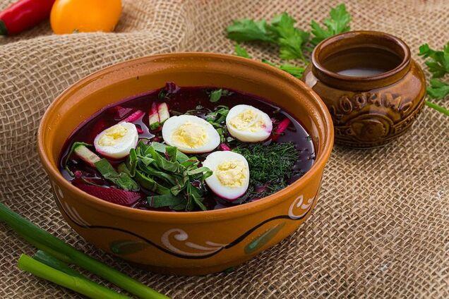 Свекольник с яйцами