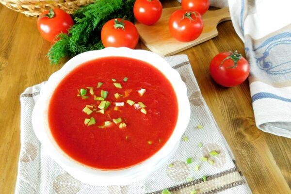 Свекольник (Холодник) із помідорами