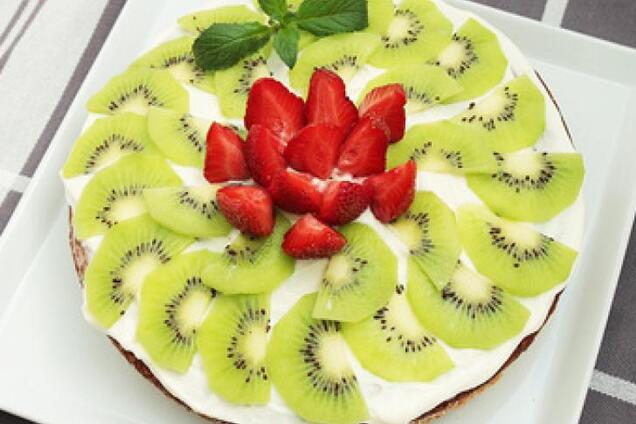 Торт с фруктами без выпечки
