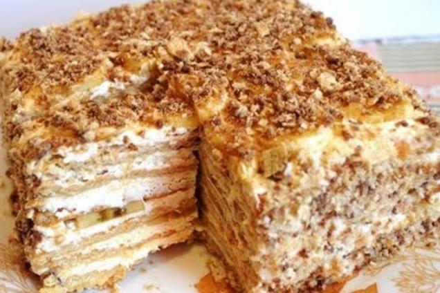 Торт з печива з заварним кремом