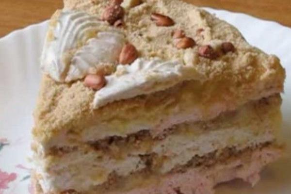 Торт із вівсяного печива та зефіру