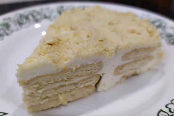 Торт з пряників і сметани