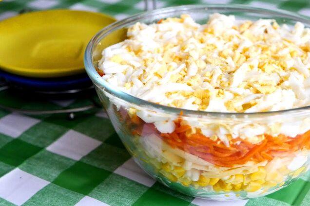 Салат с корейской морковкой и куриной грудкой