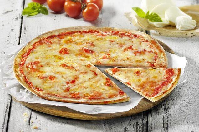 Тонка італійська піца