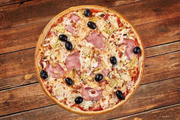 Дрожжевая пицца с беконом