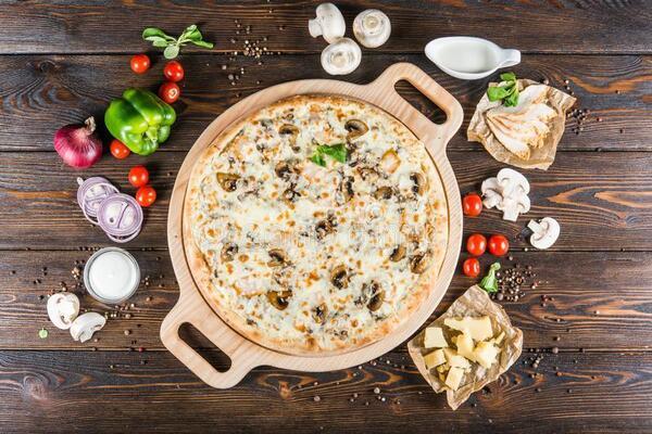 Сливочно-грибная пицца