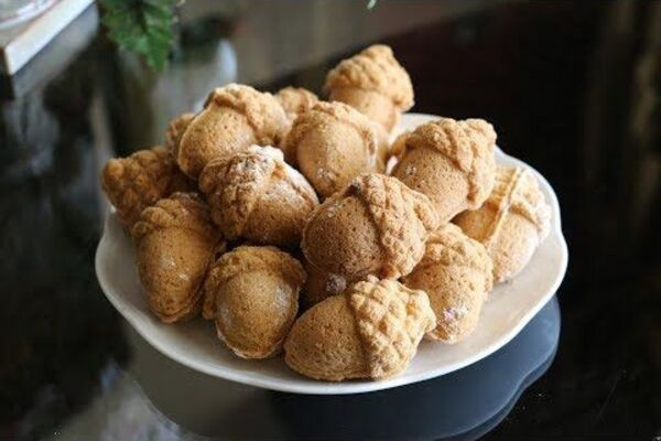 Орешки на сахарной пудре