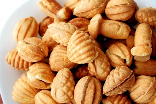 Орешки на крахмале и майонезе