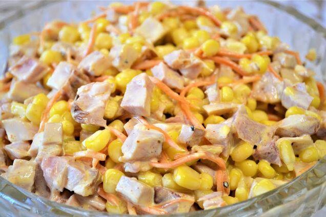 Салат с корейской морковью и консервированной кукурузой