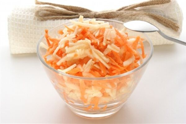 Салат з гарбузом, яблуком і морквою