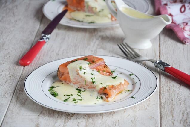 Риба під соусом