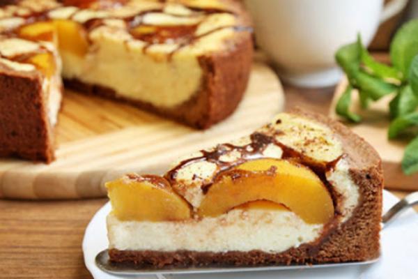 Бисквитный торт с ''Маскарпоне'' и персиками