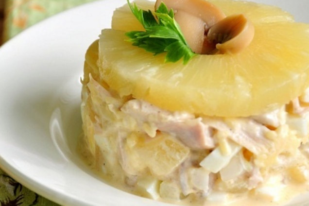 Салат с ананасом без майонеза