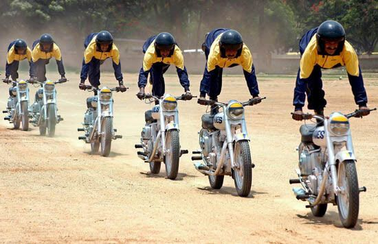 Марлезонский балет на мотоциклах