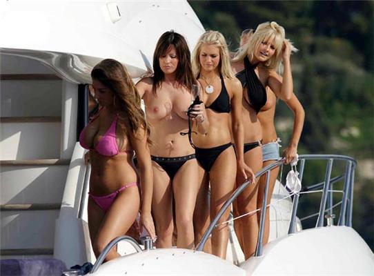 Девушки в гостях у олигарха