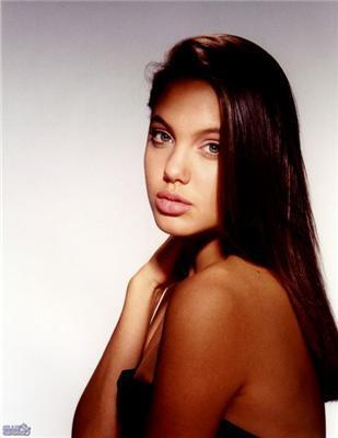 Анжеліна Джолі в молодості