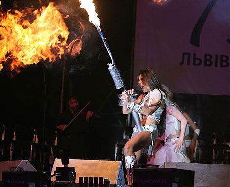 Руслана запалює у Львові. Фото