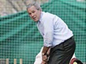 Президент Буш пострадал со время визита в Пакистан