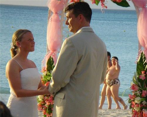 Як однією фотографією можна зіпсувати весь весільний фотоальбом ...