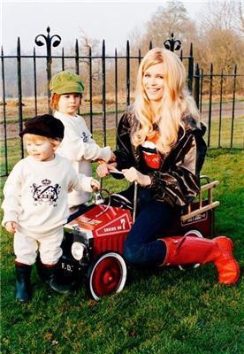 Claudia Schiffer со своими детьми - Шифферятами. ФОТО