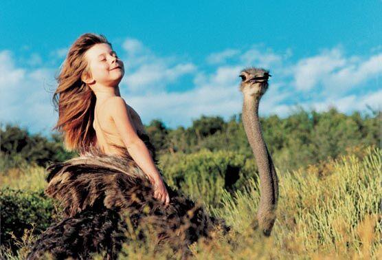 Дівчинка, яку люблять дикі звірі. ФОТО