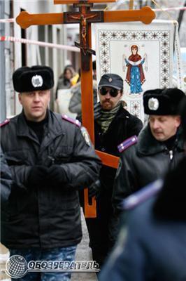 """Чергове """"Геть!"""", Тепер проти імперської символіки. ФОТО"""