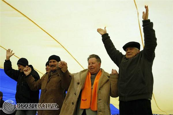Найбільший прапор України розгорнули у Києві. ФОТО