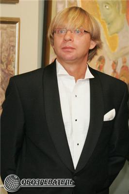 Слісаренко командував естетами