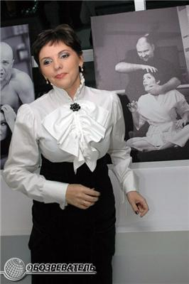 Оголену Могилевську продали за 60 тисяч, а Лободу - за 6!