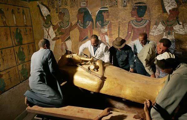 Відкриття дня: Обличчя Тутанхамона. Сперечаємося, Ви ще не бачили? ФОТО