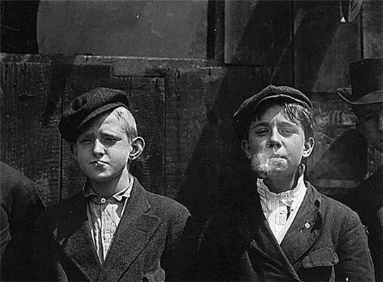 Детский труд.Мало кто из этих ребят смог стать взрослым.ФОТО