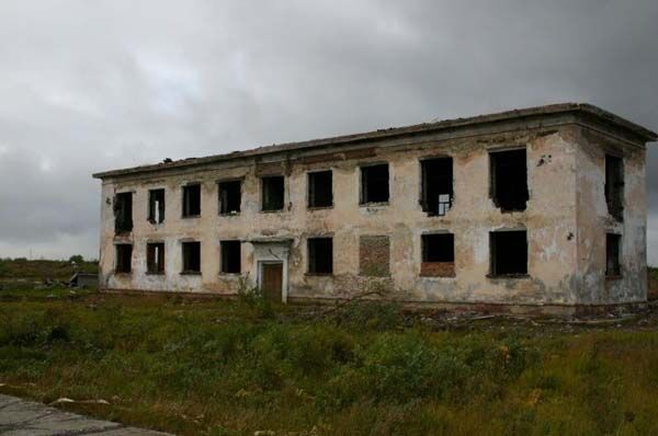 Сталкерам: занедбаний шахтарське селище Промисловий. ФОТО