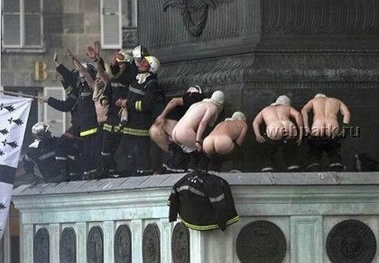 Любят пожарные, любит милиция и путаны тоже... ФОТО