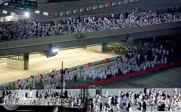 Мусульмане всего мира совершают паломничество в Мекку