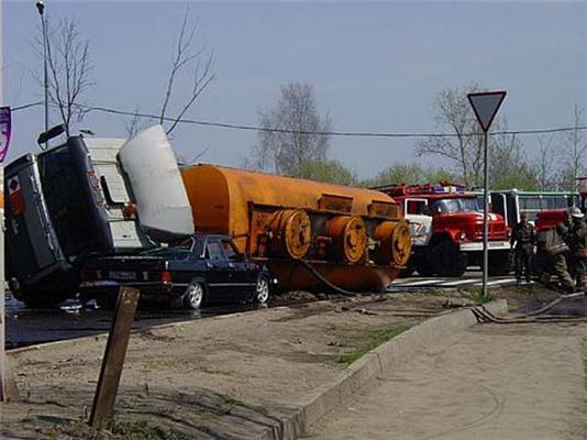 Шалено цікава професія воділи вантажівки! ФОТО