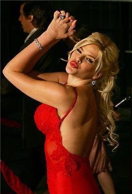Скандальна зірка Playboy Анна Ніколь Сміт. ФОТО