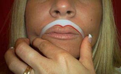 Жінкам на замітку. Збільшуємо губи. ФОТОруководство
